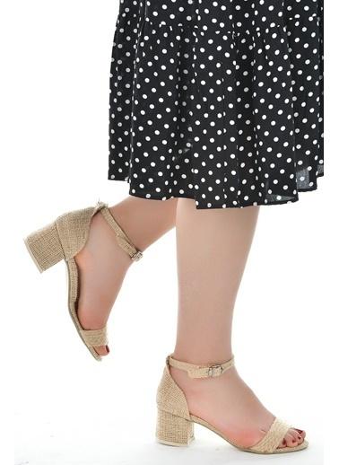 Ayakland Ayakland 905-62 Hasır 5 Cm Topuk Bayan Sandalet Ayakkabı Bej